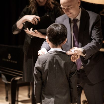 http://www.steinway.com/news/articles/5-ways-piano-competitions-benefit-students